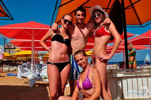 Beach Club 117.