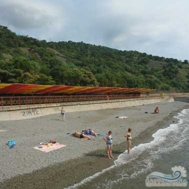 Оздоровительный комплекс Семидворье: пляж