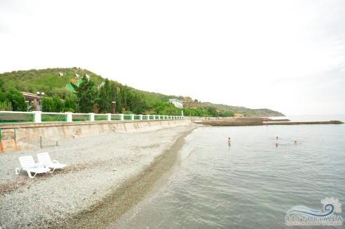 Пансионат Алые Паруса: пляж