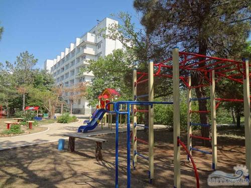 Пансіонат Південний: дитячий майданчик