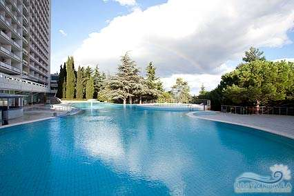 Санаторий Ай-Даниль: бассейн