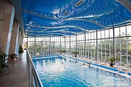 Санаторий Ай-Даниль: крытый бассейн