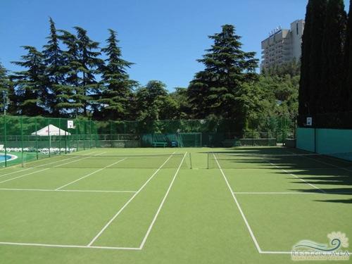 Санаторий Алушта: спортивная площадка