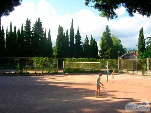 Alushtinsky Sanatorium: playground