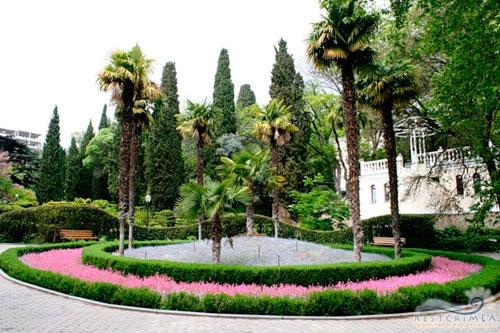 Санаторий Гурзуфский: парк