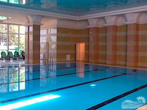 Санаторий Пушкино: бассейн