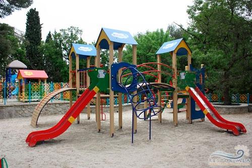 Санаторий Россия: детская площадка