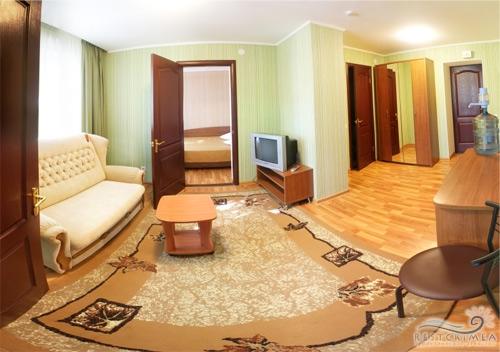 Санаторий Славутич: 3-х комнатный люкс